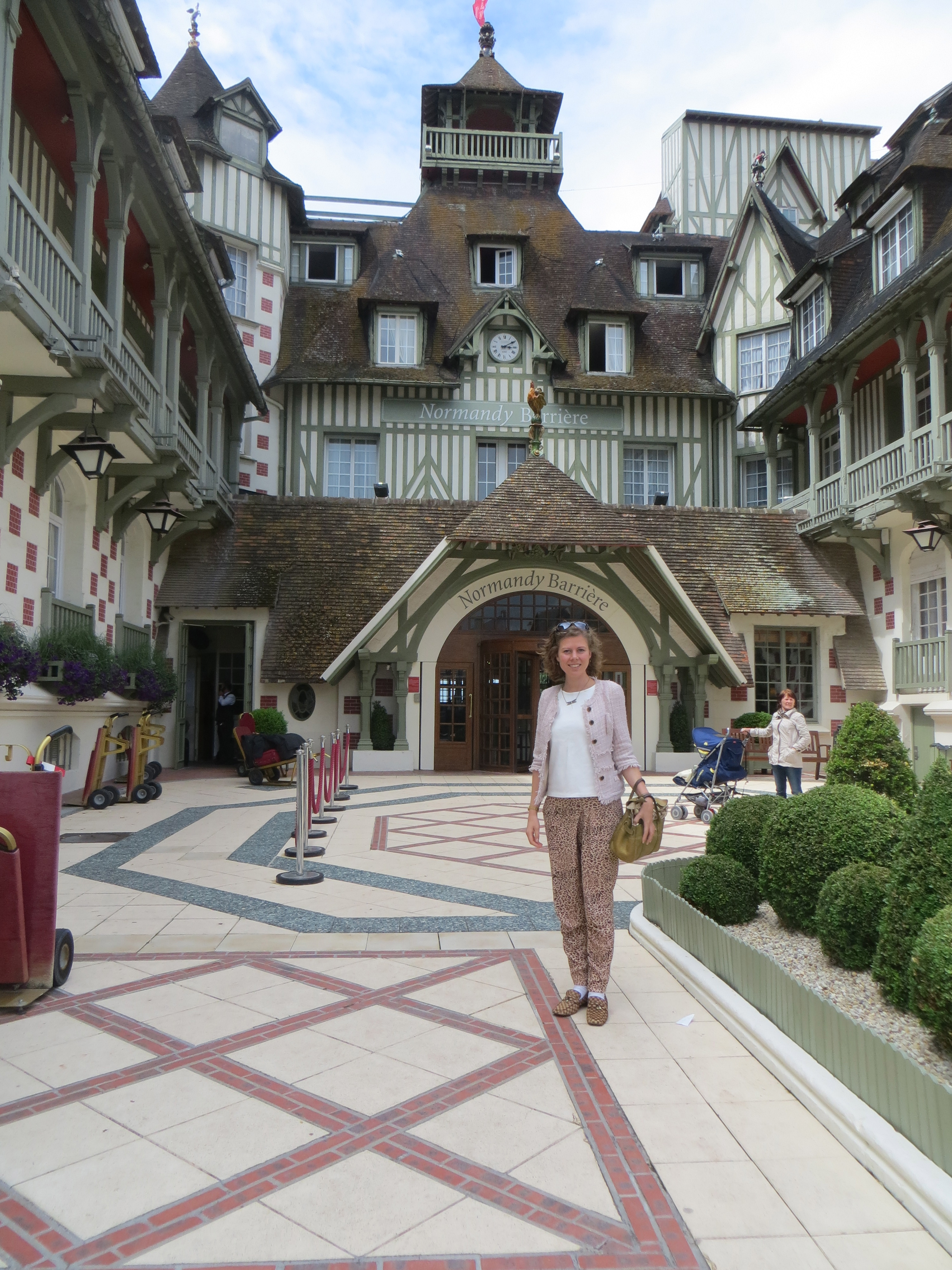Le Normandy Hotel In Deauville 2 Hours From Paris Agent