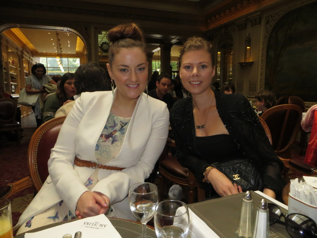 Shev Kelly (make up artist) and Julie Johansen (blogger about luxury)