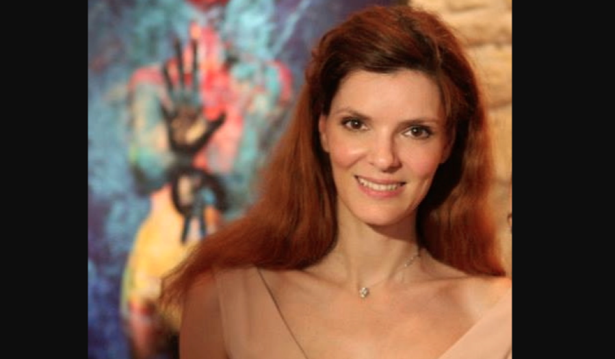 Alexandra Mas Interview