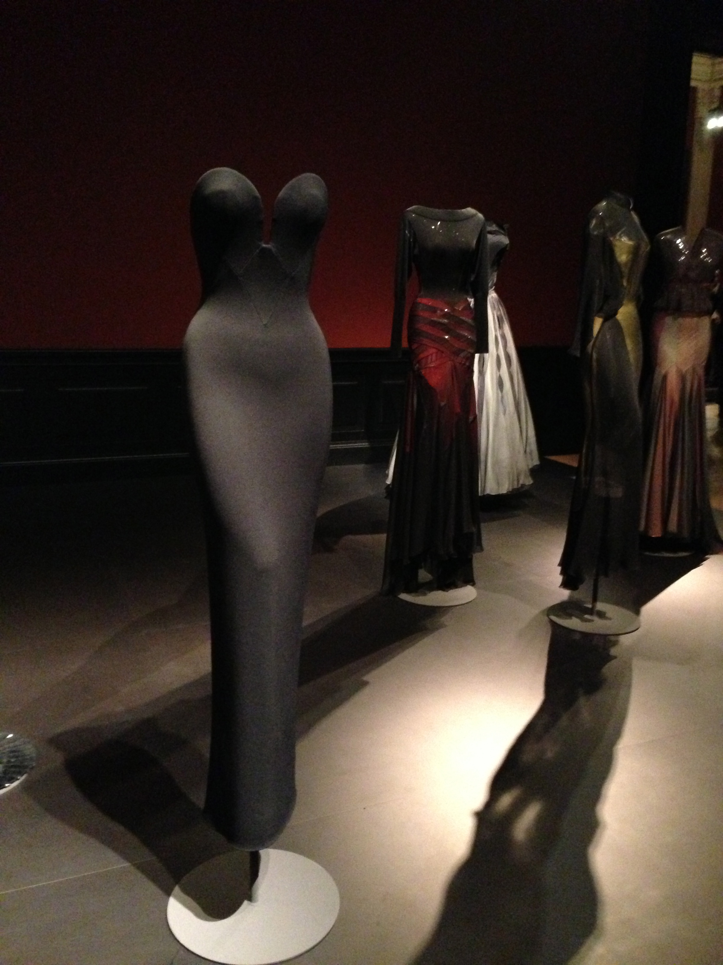Naomi Cambell, Alaïa exhibition Paris 2013