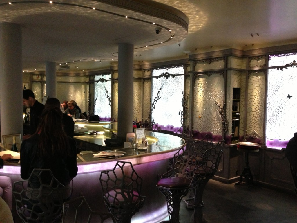 Ladurée´s bar in Paris