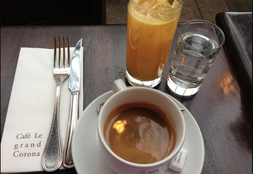 Le grand corona café