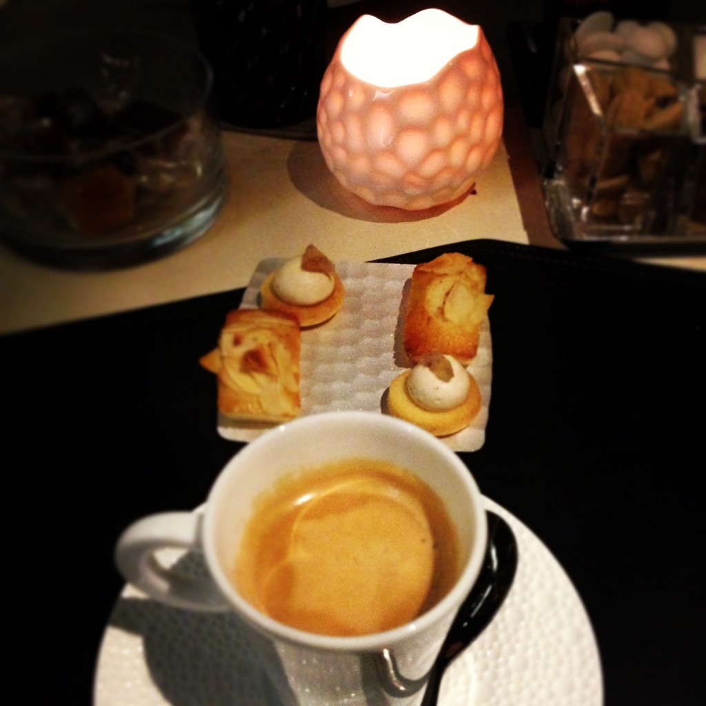 39V gastronomic restaurant in Paris