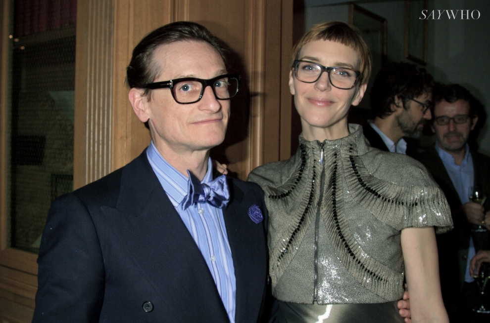 Hamish Bowles (Vogue magazine), and the 90's Hannelore Knuts, in a Iris van Herpen dress