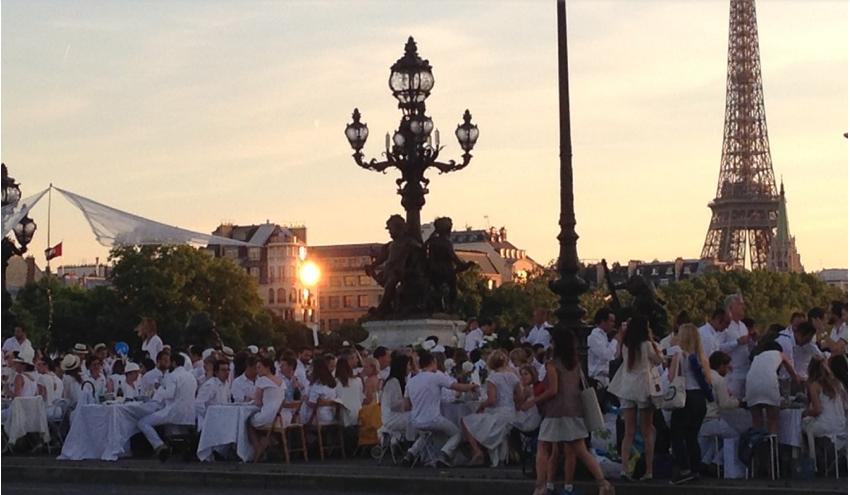 Dinner in white paris