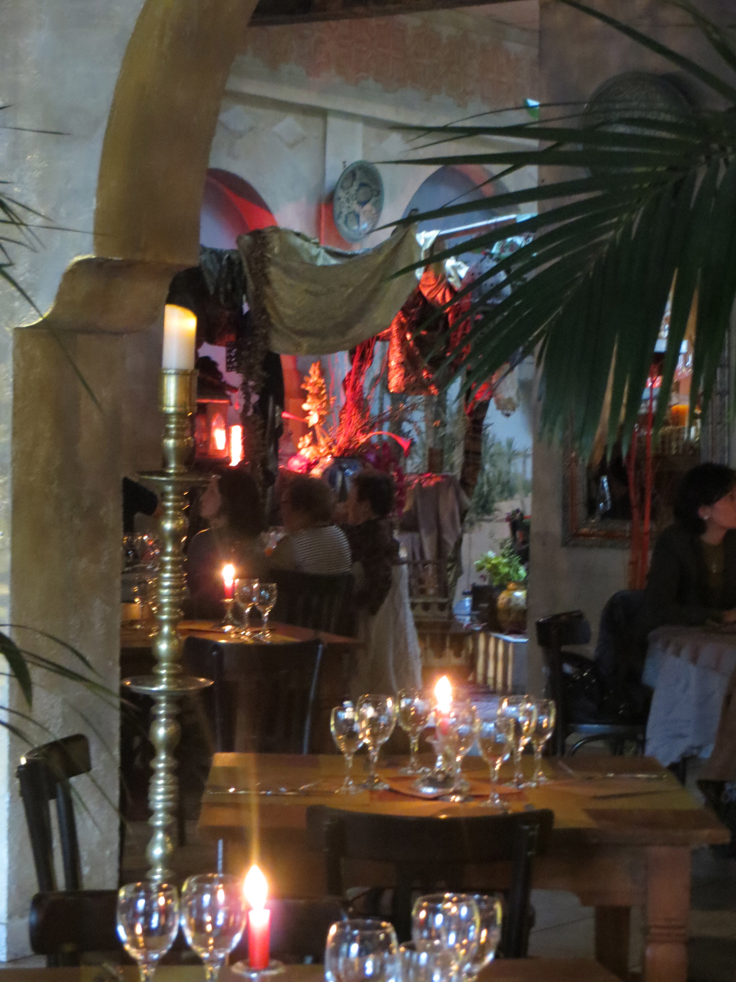 Riad Nejma, Restaurant in Paris with Kerredine Soltani