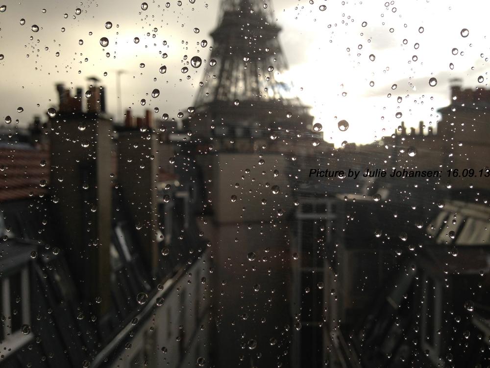 Eiffel Tower - Picture by Julie Johansen