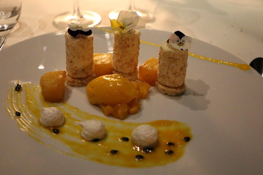 Les Ombres restaurant Paris