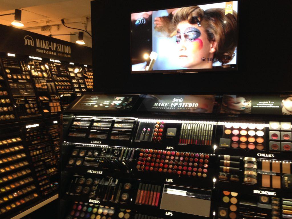 The make up studio